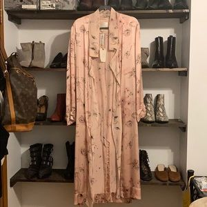 Wilfred Jackets & Coats - 100% silk Aritzia Wilfred robe!